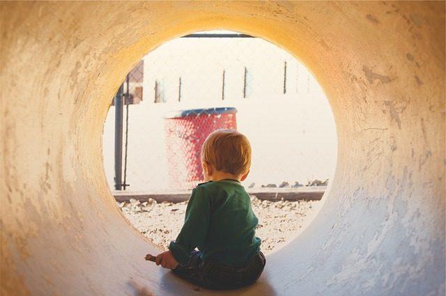 copil tunel