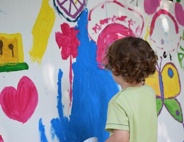 copil creativitate