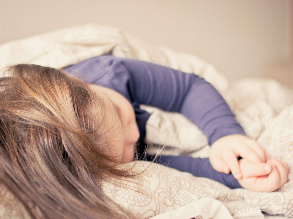 copil somn cosleeping