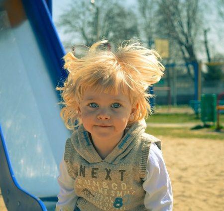 În parc. Cum punem limite cu blândețe și fermitate